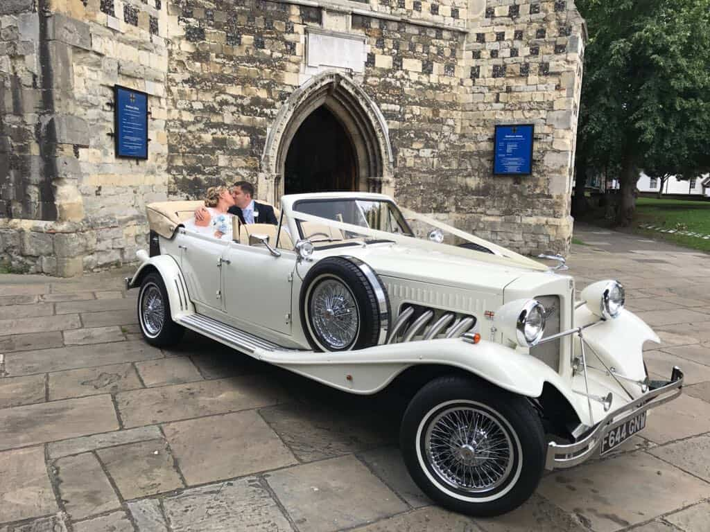 Wedding Car Hire Hertfordshire, Classic & Modern Wedding Cars